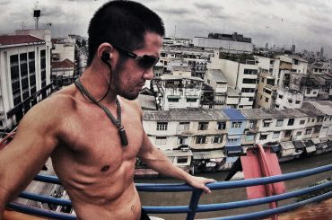 A Day in The Life of a Vagabond: Bangkok /// Vinjatek
