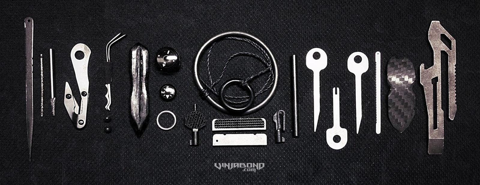 - Escape + Evasion Kit Gear -