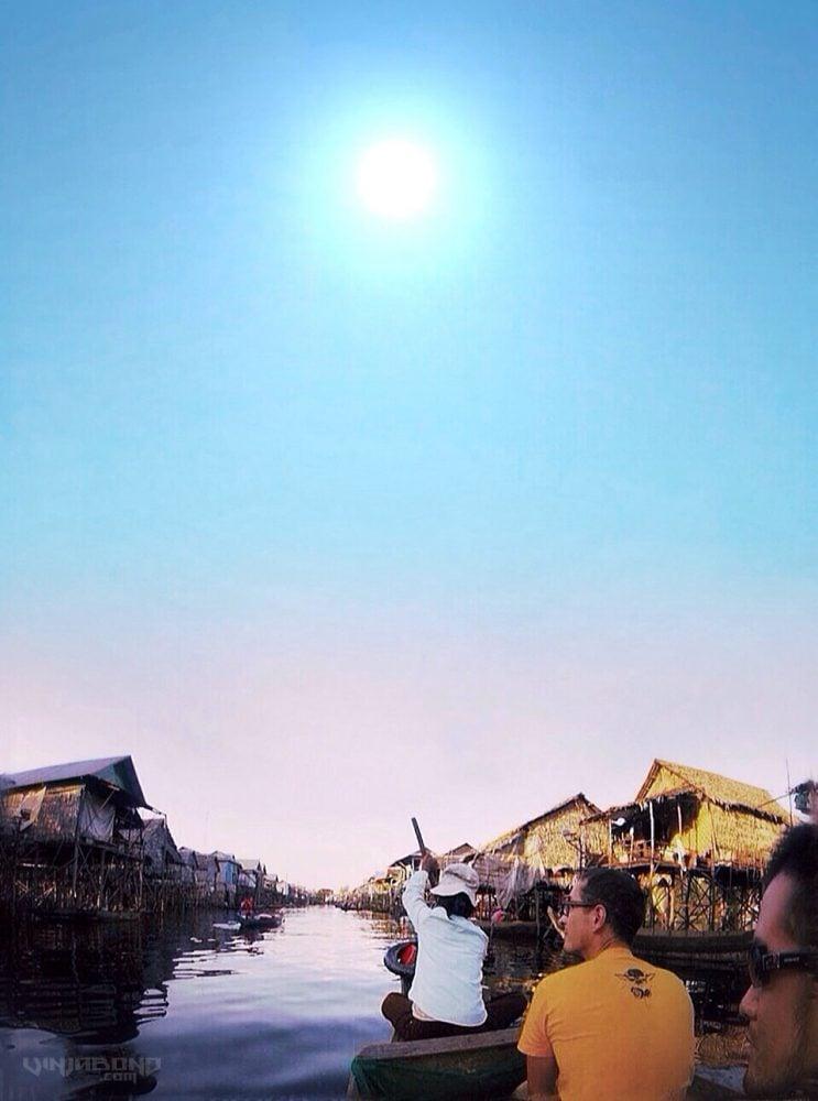 The Floating Village of Cambodia /// VINJABOND