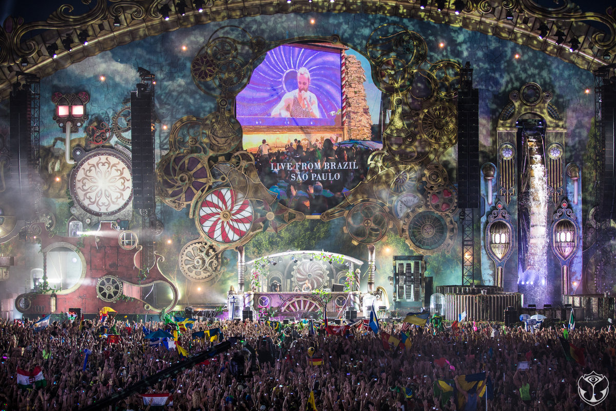 - The Tomorrowland Festival 2016 -
