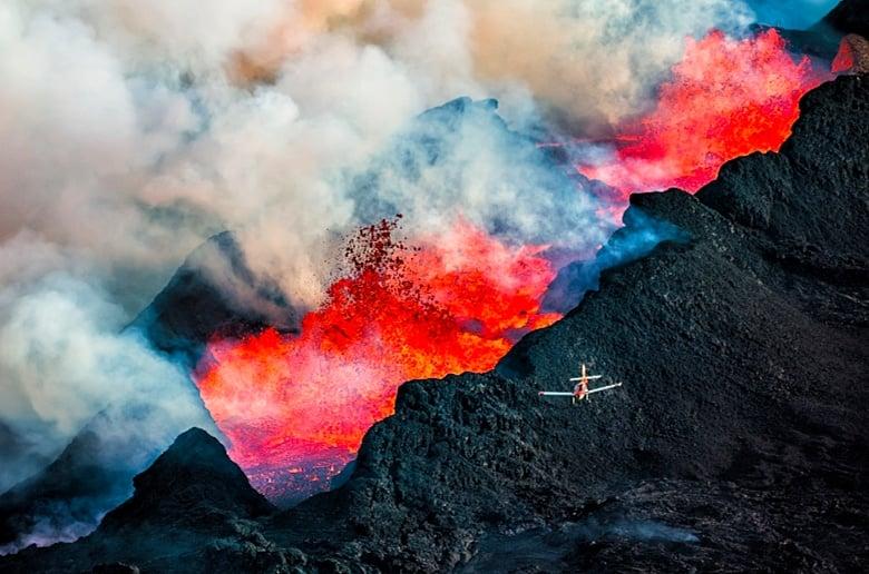 - Flying Over an Erupting Volcano -