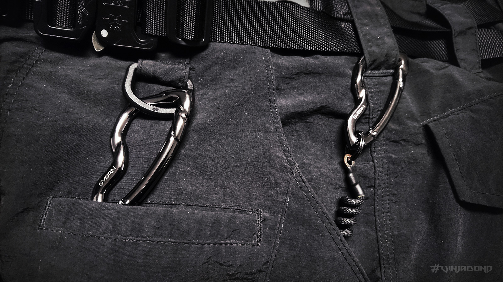 - Arcus Carabiner w/ Force 10 AC Pants Gear Link -