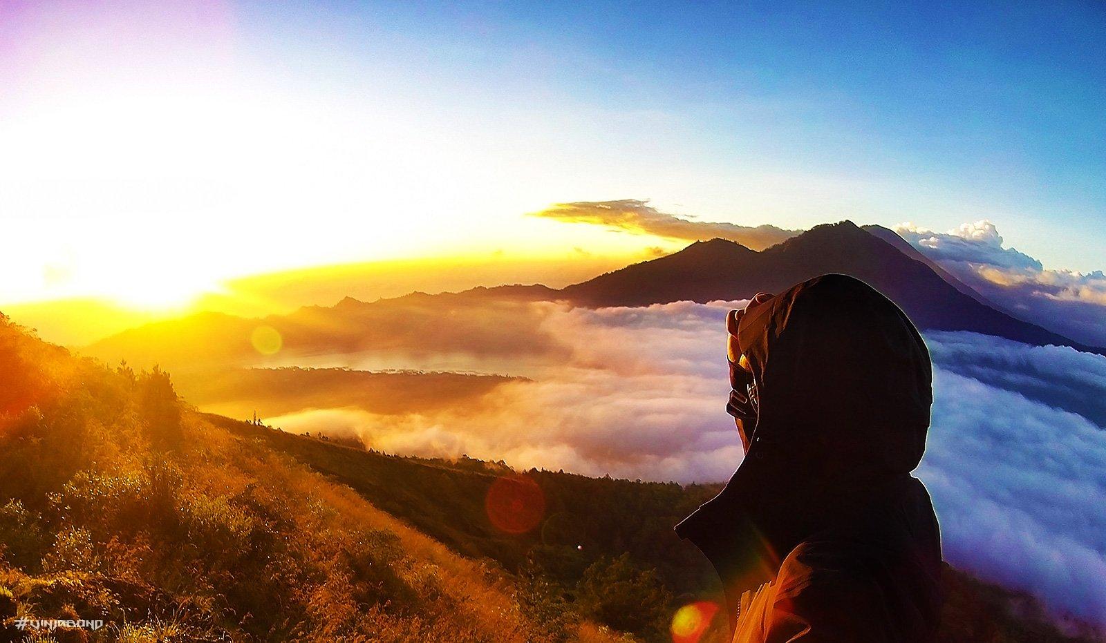 Mount Batur During Sunrise /// Vinjabond