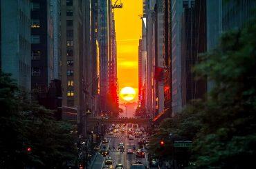 Manhattanhenge Sunset Over Manhattan /// Vinjatek