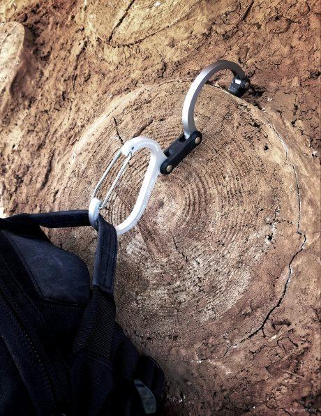 Heroclip Hanging a Backpack /// Vinjatek