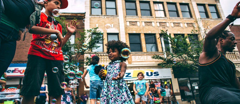 Street in Chicago : Cure For Racism /// Vinjatek