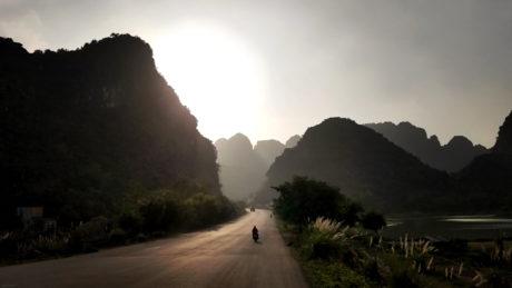 The Road to Trang An, Ninh Binh, Vietnam /// Vinjatek