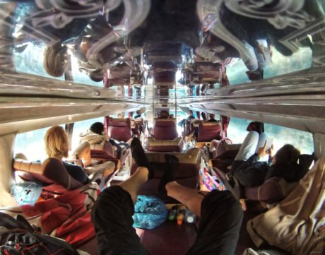 Riding a 24 Hour Sleeper Bus From Vietnam to Laos /// Vinjatek