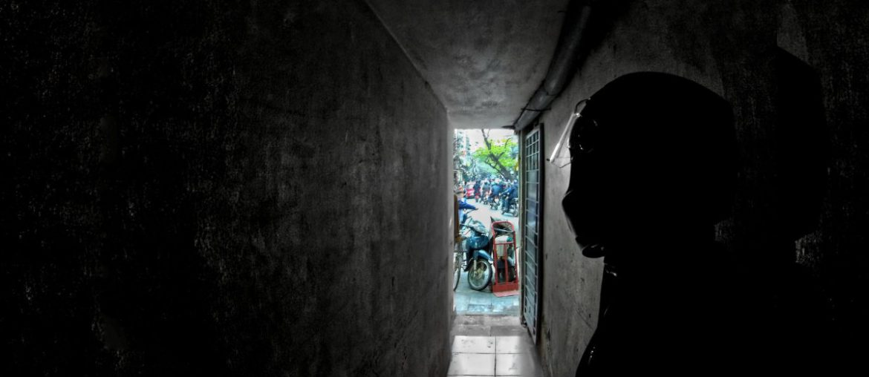 Alleyway in Old Quarter, Hanoi, Vietnam /// Vinjatek